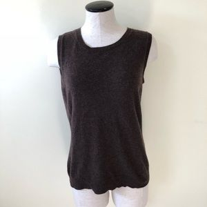 Bloomingdale's brown 100% cashmere shell sweater
